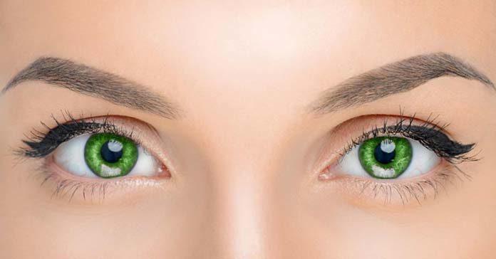 Jak nawilżyć oko, gdy nosimy soczewki kontaktowe – sprawdzone sposoby