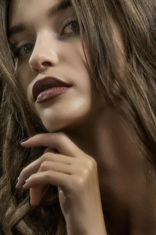 Powiększanie ust - jak przebiega zabieg?